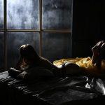 femme sexy dans un lit